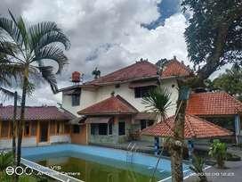 Dijual Villa Luas di Tapos