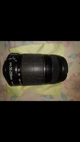 Canon zoom lens EF-S 55-250mm 1:4-5.6 is 2