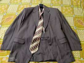 Blazer suit with neck Tie