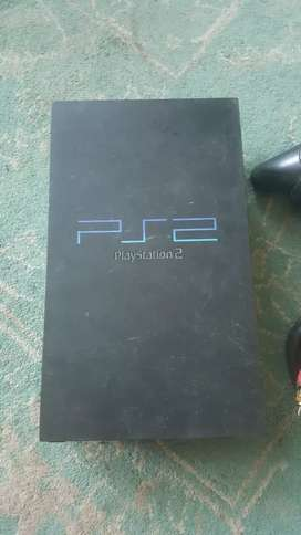 Ps2 with 2 original CD