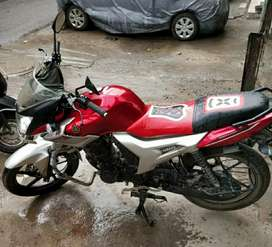 YAMAHA SZR, excellent condition. Running only 2584km