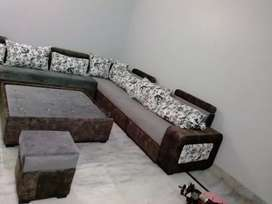 Sofa dinning 4000 to 17000per seat