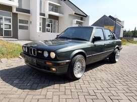 BMW E30 M40 318i Malechite Green Full Restored Super Istimewa