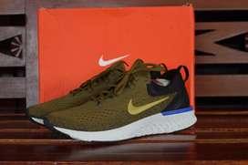 Running Nike Odissey React Size 44 BNIB!!