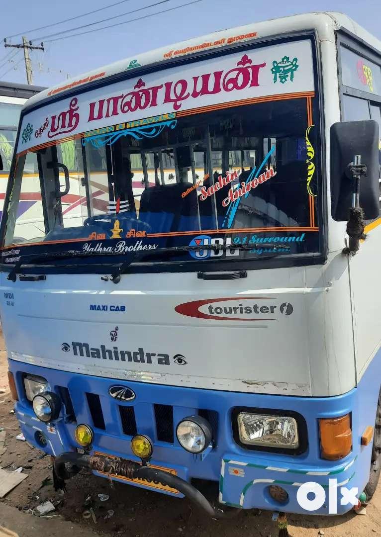 Mahindra Tourister 0