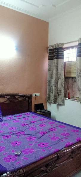 fully furnished independent two room set only for working girls couple