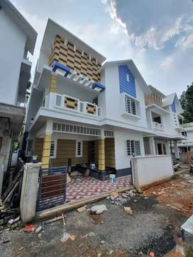 3 cent 1900 sqft 4 BHK house for sale Rs. 88 lakhs at Vyittla