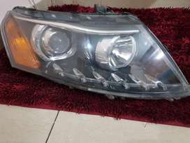 XUV 500 - headlights with HID light