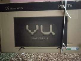 Vu Led Tv 32inch with FM Redio Box Pack