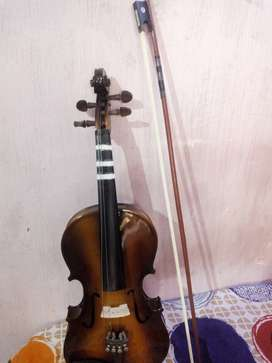 A very good violin for learning purpose