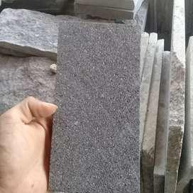 Batu alam candi ukuran10x20.