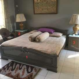 Set Tempat Tidur Jati + 2 Nakas