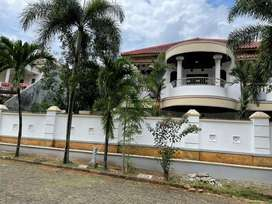 Dijual cepat rumah mewah di modernhill Pondok Cabe Tangerang