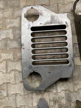 High bonnet front grill
