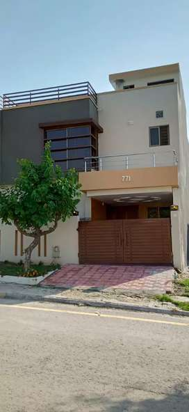 House For sale in Bahria Town phase 8 Rawalpindi Islamabad
