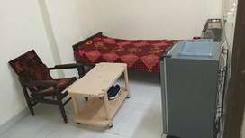 Fully furnished single room on rent