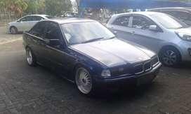 Jual cepat BMW seri 320i