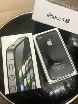 Apple IPhone 4s Brand New Pack With all accessories