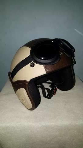 Helm Retro Classic Coklat Cream