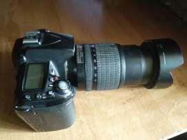 Nikon D90 camera 18-105mm VR Lens