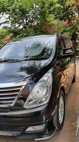 Hyundai H1 XG AT 2011 LowKm Cash Murah