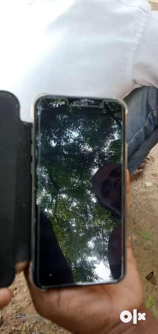Four mobile 0