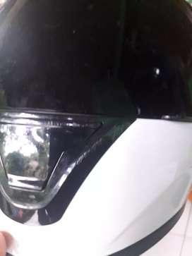 Helm kyt r10 warna putih size L