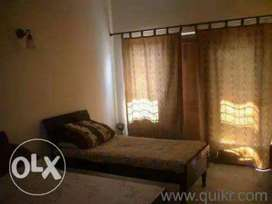 Noida sector=62 & 63 PG accomdation furnished room very low price-3999