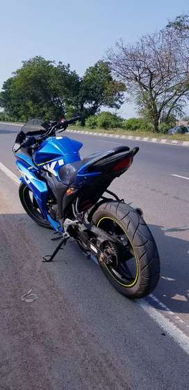 Suzuki gixxer sf in good condition and with new michelline tyres