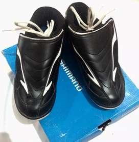 Sepatu Shimano All Mountain downhill Cleat casual juga bisa