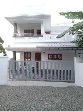 5 cent 1800 sqft 4 bhk new build at aluva near kadungallur