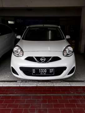 PROMO Dp 14 jt Nissan March 1.2 MT 2013 ( V Grill )