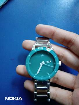 Brand new Fastrack Analog Green Dial Women's Watch-NK6078SM01
