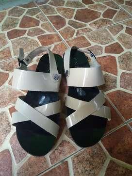 Sandal Sepatu merk Enzo uk 37 modis