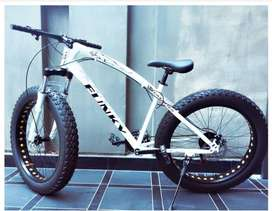 UNUSED FAT BIKE FAT TYRE CYCLE BRAND NEW BOX PACK