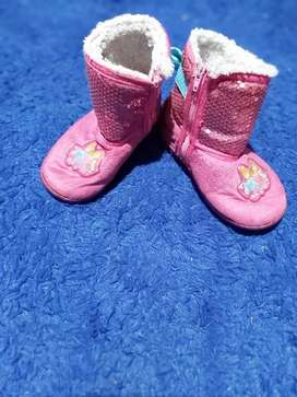 Preloved sepatu anak cewe 2-4 tahun