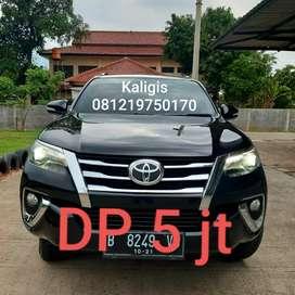 Fortuner VRZ AT Diesel hitam 2016 Terawat full ori Dp minim