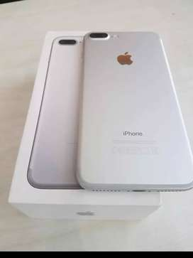 I phone SE New Condition BOX Piece with