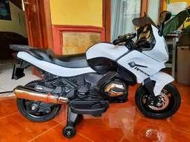 Motor Ninja Mainan Pakai Aki / Motor Mainan Anak Murah / Merk PMB M688