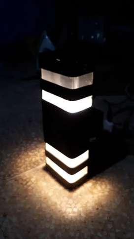 Lampu hias dinding teras minimalis