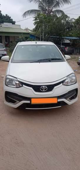 Toyota Etios 2017 Diesel 75000 Km Driven well maintained