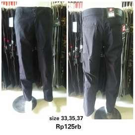 Celana panjang chinos abu big size