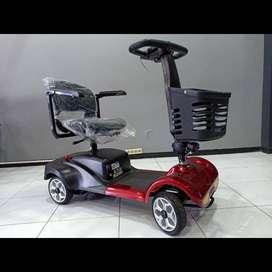 Kendaraan Roda 4 ( Alat bantu jalan )