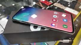 Samsung Galaxy S10 plus 128GB under warranty at 39900