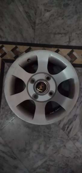 Four pice alloy rims 13 no