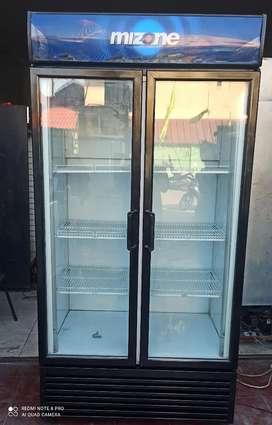 Showcase Frigloglass 900 liter