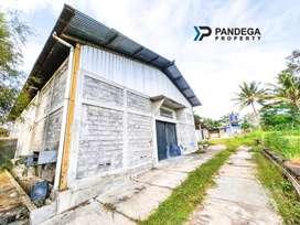 Gudang LT=1732 m2 Jln Kaliurang Km 14 Area Parkir Luas Dekat UII.