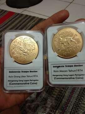 Koin Kuno Wwf Macan dan Orang Utan 1974 Warna Gold Sepasang