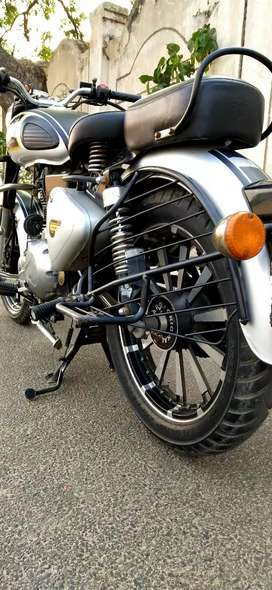 Royal Enfield 350 classic (Bullet)