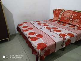 Room for Single person near Bahu Plaza
